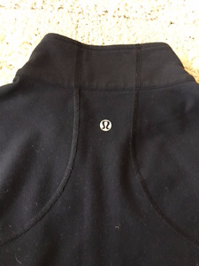 LULULEMON VINTAGE FLOW YOGA JACKET AND CAPRI SET BLACK SMALL 4-6