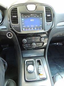 2015 Chrysler 300 S Windsor Region Ontario image 12