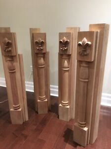 Solid walnut corner post set with carved mahogany fleur de lis