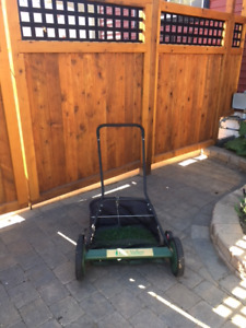 Lee Valley Push Lawnmower
