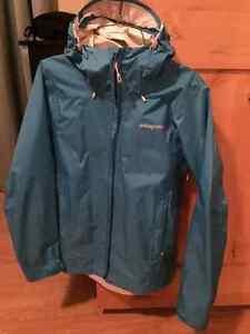 Womens Patagonia Torrent Rain Jacket - Medium