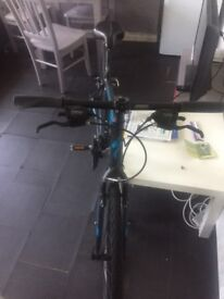 Specialised Sirrus Bike