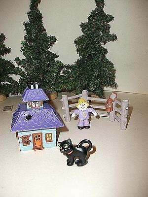 4PC HALLMARK SET HAUNTED HOUSE (TRINKET BOX CONTAINER) FENCE BLACK CAT SCARECROW