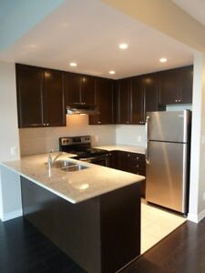 Stunning 1 bedroom + Den in Desirable Orchard Area