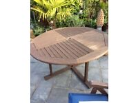 Super garden table with chairs and cushions