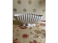Art Deco Sylvac Vase, Cream Clam Shell
