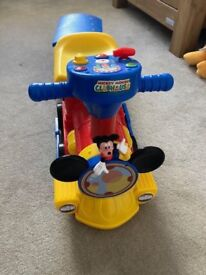 Mickey Mouse 2 in 1 Ride on train