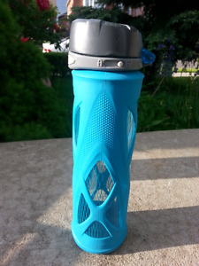 Sports / Gym Water bottles (plastic, aluminum + glass)