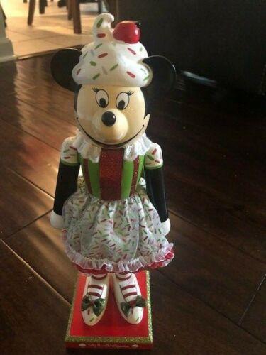 Disney Parks Minnie Mouse Cupcake Nutcracker