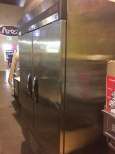 MASTER BILT 2 DOOR FREEZER - NEAR NEW