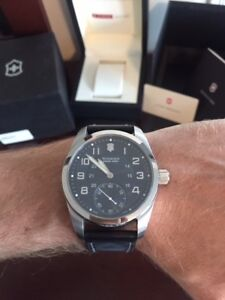 Swiss Army Victorinox Mechanical Watch, great condition!