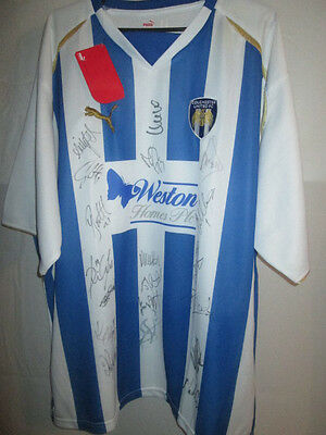 Colchester United 2008-2010 Squad Signed Home Football Shirt COA /6865 image