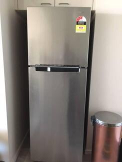 Samsung Refrigerator 341L Top Mount ........Available for Sale
