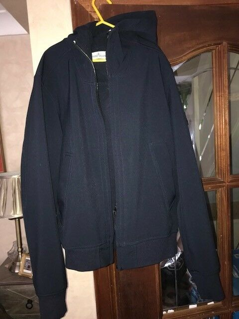 STONE ISLAND JUNIOR SOFT SHELL JACKET NAVY SIZE 12-14 EXC COND 239b849d6
