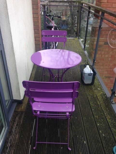 Garden / Patio Table With 2 Folding Chairs (Bistro Set)   Must Be Picked