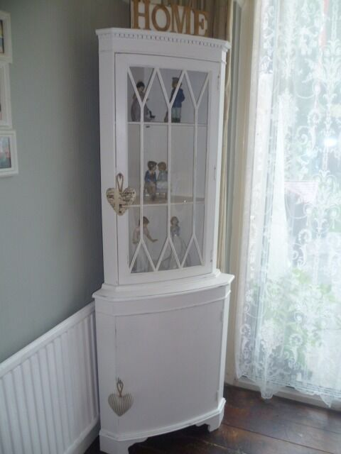 Shabby Chic Vintage Corner Display Cabinet In Chalk White & White Corner Display Cabinet | Sevenstonesinc.com