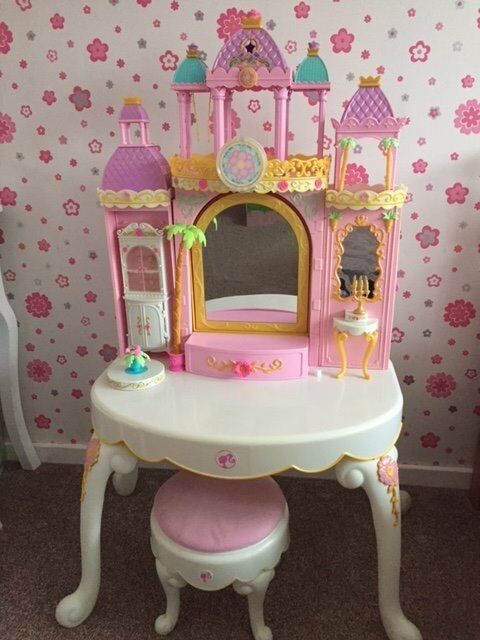 Attractive BARBIE Island Princess Girls Dressing Table Vanity And Stool And Play Set