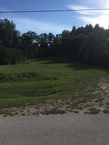 Beautiful Lot in Thornbury for sale