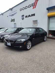 2012 BMW  528i XDrive *Loaded!!