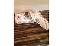Converse white leather boot size 8 unisex