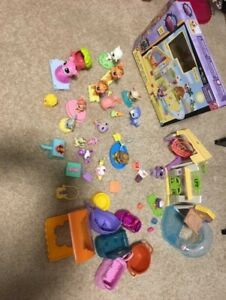 LITTLEST PET SHOP PLAYSET,  MANY PETS and ACCESSORIES