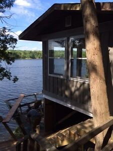 WATERFRONT LOT WITH BUNKIE ON KENNEBEC LAKE