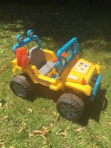 Go Diego Jeep Wrangler 4x4 Kids Ride On Power Wheels Car ATV Pic West Island Greater Montréal image 1