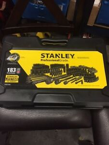 Brand New 183 Piece Stanley Professional Tool Set