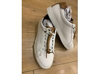 Brand new mens' Ted Baker trainers-white and brown leather detail (Size 7)