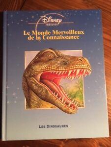 """LIVRE """" LES DINOSAURES """" DU MONDE MERVEILLEUX DE DISNEY"""