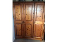 EXCELLENT QUALITY TRIPLE WARDROBE BY DUCAL 'ROSEDALE' BARGAIN PRICE