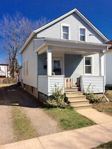 MIDTOWN DUPLEX - A NICE PLACE TO LIVE +  RENT OUT LEVEL