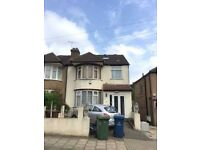 5 bed house in Harrow Weald- Enderley Road