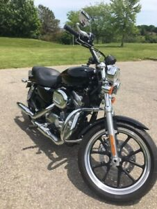 Harley Davidson Sportster - 2012 XL883L - LIKE NEW (Only 2000km)