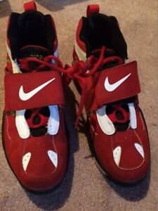 Nike Air Diamond Turf II Basketball Shoes