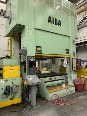 440 Ton Capacity Aida Straight Side Link Motion Press For Sale