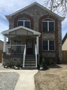 RIVERSIDE...STONE... 3 BEDROOM  3 BATH HOME..FULLY UPDATED!!