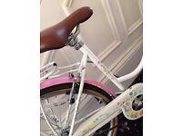"Viking Summer 18"" Ladies Heritage Bike with Basket - Only Used Twice - Inc Bike Lock With Keys"
