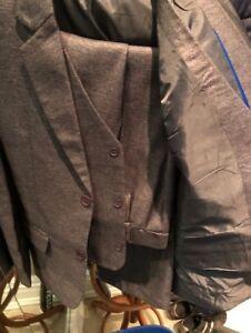Boys 3 piece formal suit size 8-13
