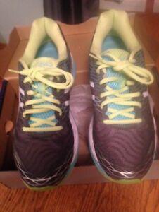 Brand New Pair of Women's Asics Sneakers