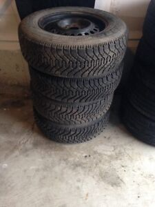 4 set of Goodyear tires P195/70R14-90 %Tread