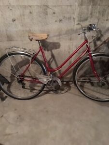 Hybrid bicycle (700C rims, straight bars, upright) circa 1970
