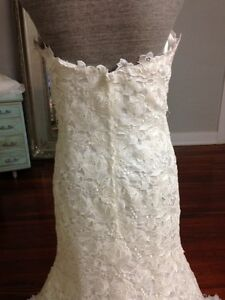 Wedding dress brand new & rare by Simone Carvalli Saint-Hyacinthe Québec image 5