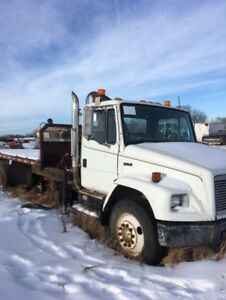 FOR SALE PICKER TRUCK.. DONT MISS THIS ONE !!!!!!!!!!!!