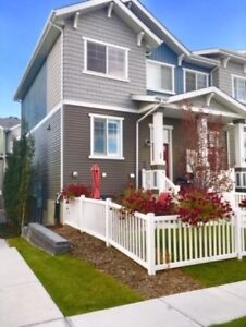 Edgemont Executive 2 bedroom Townhome for rent!!!