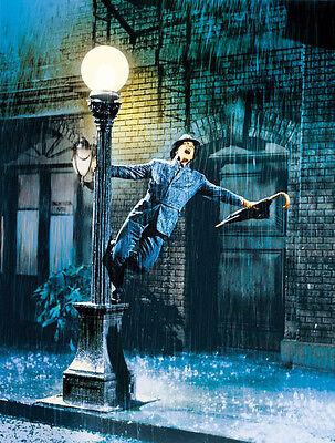 Gene Kelly UNSIGNED photo - P1945 - Singin' in the Rain