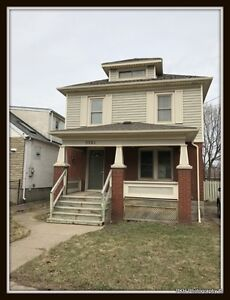 Charming Three Bedroom Home in Niagara Falls for Rent