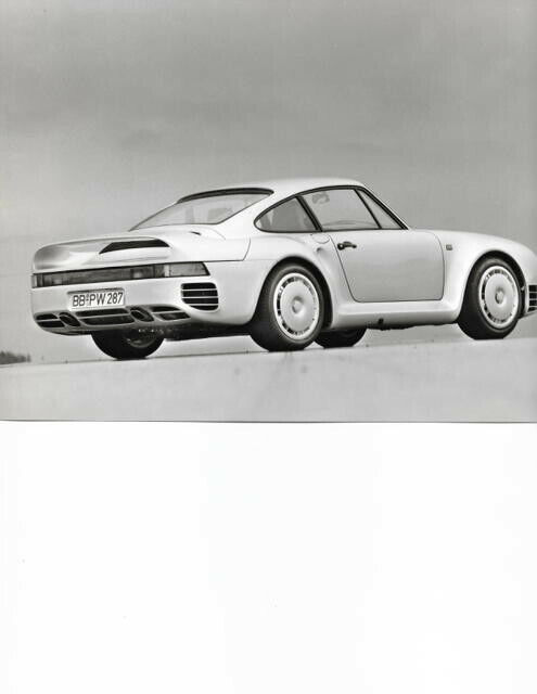 rare factory Porsche 959 Development Press Kit