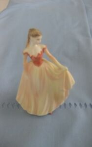 ENGLISH COALPORT FIGURINE, BONE CHINA. TRUE LOVE