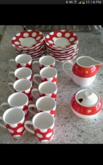 Maxwell&williams espresso coffee cup and saucer set retro red Cranbourne East Casey Area Preview